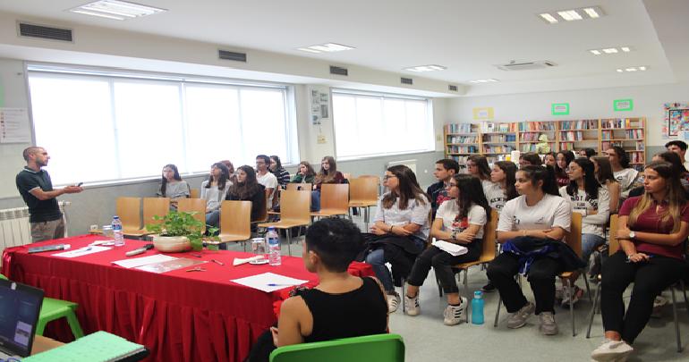 Projeto de Voluntariado - 1.ª Sessão de Formação